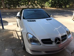 3M 1080-GP240 Gloss White Gold Sparkle 1